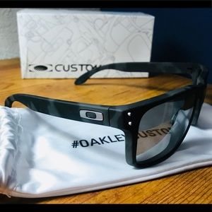 Other - OAKLEY sunglasses